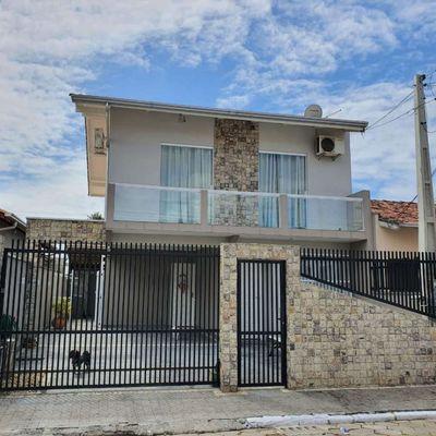 Venda - Casa no bairro São João!