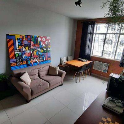 COMPRE Apartamento de 2 Quartos Sendo 1 Suíte e Dependências de Empregada no Jardim Icaraí Sete de Setembro