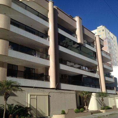Isabela - Apartamento 02 Dormitórios à Venda Na Quadra do Mar, Meia Praia Itapema SC