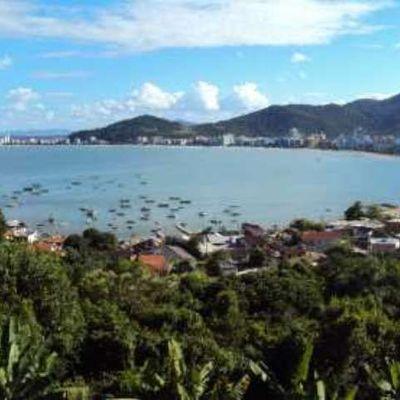 Terreno à Venda no Canto da Praia Em Itapema - SC