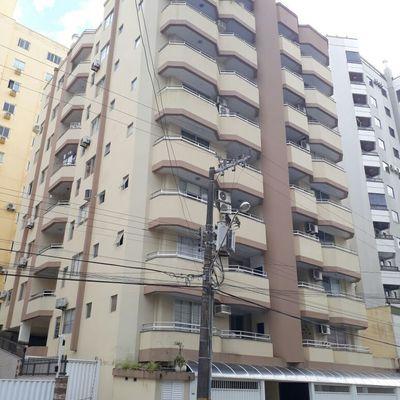 Apartamento com 02 dormitórios a venda em Meia Praia