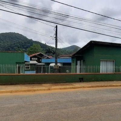 Casa a venda em Itapema