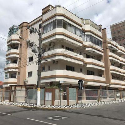 Apartamento a venda com 02 dormitórios em Meia Praia Itapema