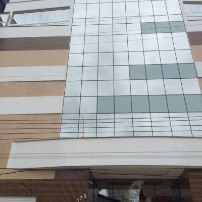 Apartamento para venda em Meia Praia com 04 Suítes