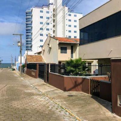 Casa geminada com 2 quartos à venda, 89 m²  - Tabuleiro - Barra Velha/SC