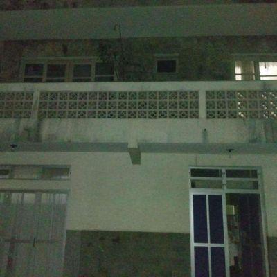casa 2 quartos no centro a 100mts da praia de Piçarras