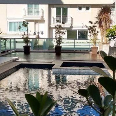Residência Alto Padrão 03 Suites - Cond. Fechado Pq Barigui