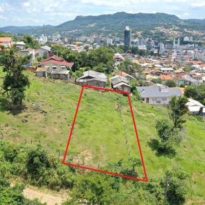 Terreno Urbano - Venda - Lot. Guilherme Egon Becker - Santana - Rio do Sul