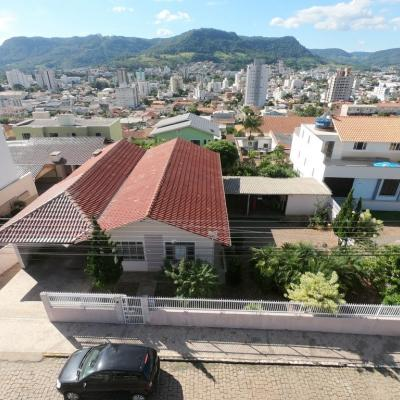 Casa Mista - Amplo Terreno - Santana - Rio do Sul