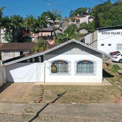 Casa de Alvenaria - Venda - 03 quartos - Investimento - Santana - Rio do Sul