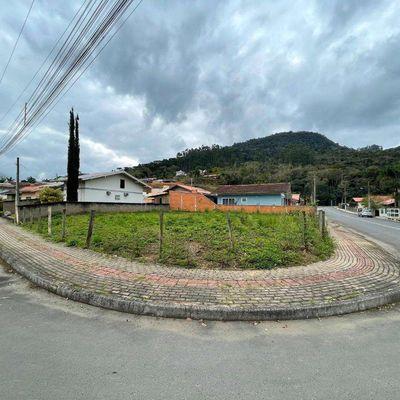 Terreno Urbano - Venda - Esquina - Fundo Canoas - Rio do Sul
