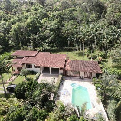 Casa de Alvenaria Rústica - Venda - Semi Mobiliada- Piscina - Laranjeiras - Rio do Sul