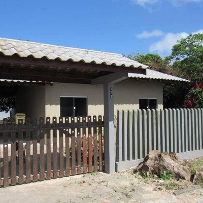► Casa c/ 3 Dormitórios, Região central, próximo da Av. Celso Ramos - Lot. São José
