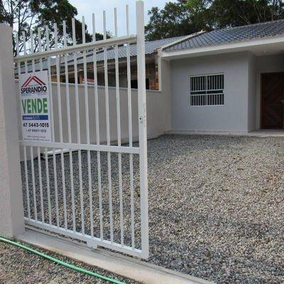 Casa nova c/ 2 quartos, para Locação Mensal no Balneário Brandalize