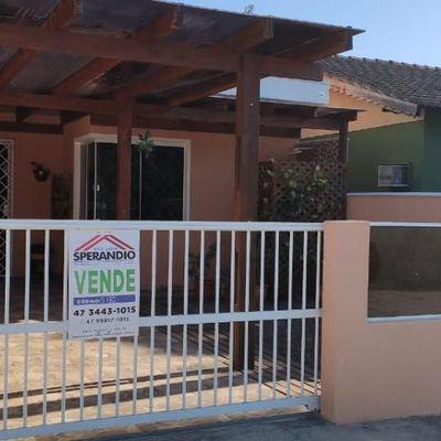 ► Casa c/ 79,19m², c/ 1 Suíte + 1 dormitório no Baln. Jardim da Barra