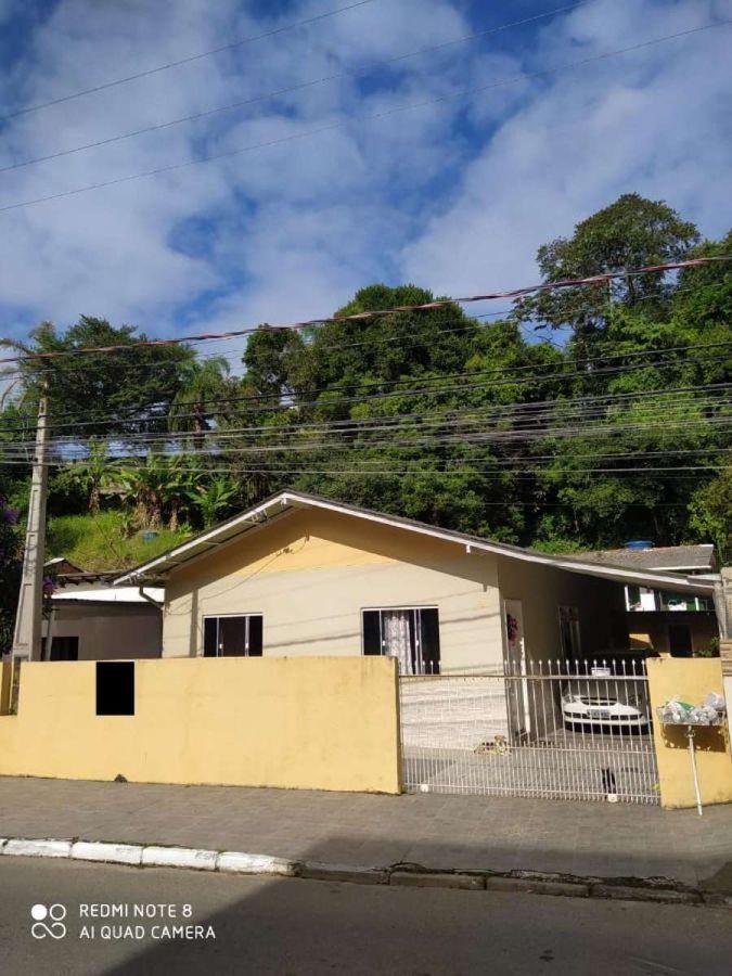 Casa - 2 Casas no mesmo Terreno - Mobiliada - 336 m² - Fazenda - Itajaí/SC