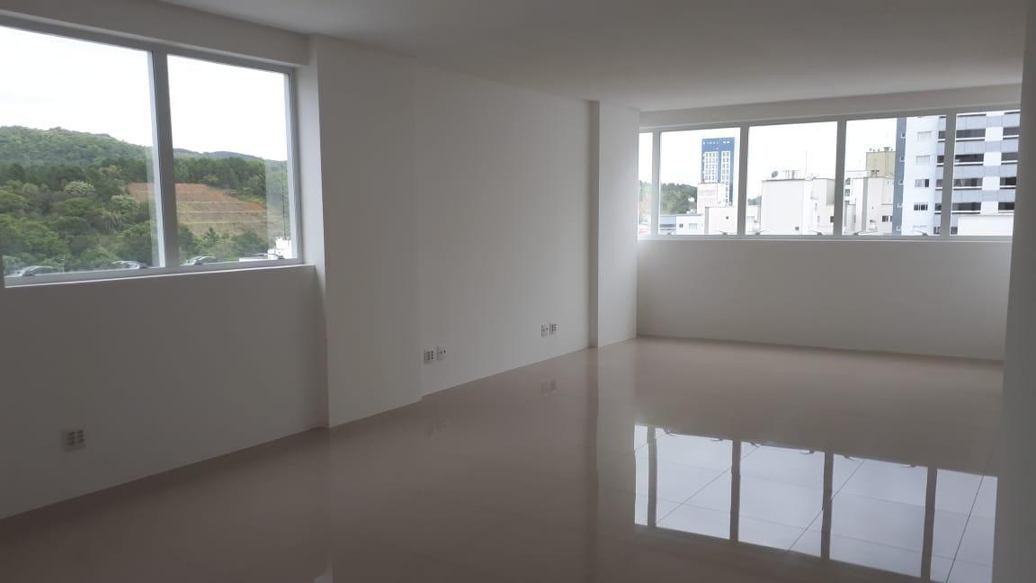 Sala Comercial - 46 m² - Pioneiros - Balneário Camboriú/SC