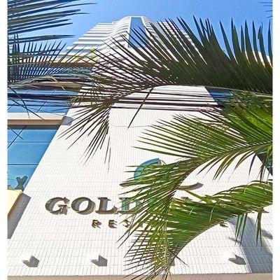 Apartamento à venda no Golden Bay no centro de Balneário Camboriú