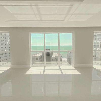 Apartamento à venda no Le Visage Divinite em Balneário Camboriú