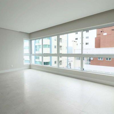 Apartamento à venda no Scariot Residence em Balneário Camboriú
