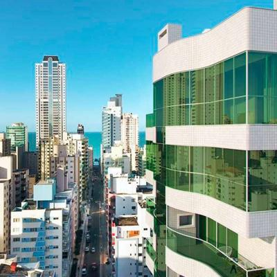 Apartamento à venda no Golden Bay em Balneário Camboriú