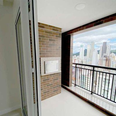 Apartamento à venda no EMBRAED Windsor Village em Balneário Camboriú