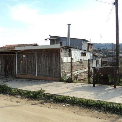 Casa Com 3 Dormitórios à Venda Por R$ 170.000 - Santa Cecília - Viamão/rs