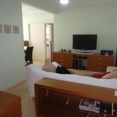 02 Dormitórios + Depend. Empregada