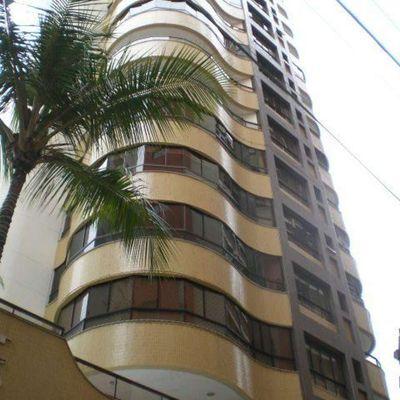 Ed. Tchaikovsky - 03 dormitórios - Centro - Balneário Camboriú
