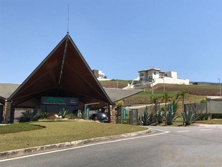Terreno Reserva do Paratehy Sul