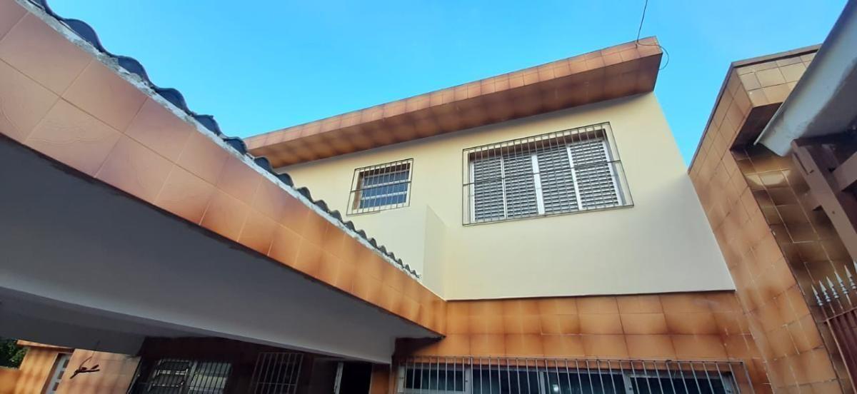 Sobrado de 3 dormitórios na Vila Livieiro