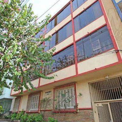 Apartamento para Venda em Porto Alegre, Higienópolis, 3 dormitórios, 2 banheiros, 1 vaga