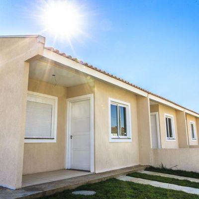 Casa para Venda em Cachoeirinha, Meu Rincão, 2 dormitórios, 1 banheiro, 1 vaga