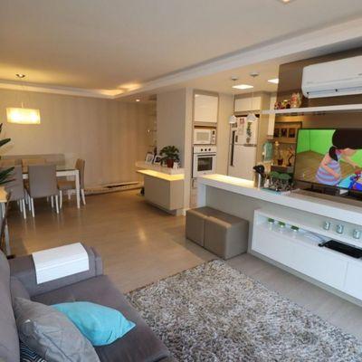 Apartamento para Venda em Porto Alegre, Cristal, 3 dormitórios, 1 suíte, 3 banheiros, 2 vagas