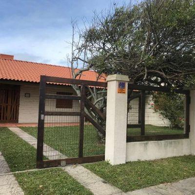 Casa à Venda em Xangri-Lá/RS Apenas 03 Quadras do Mar