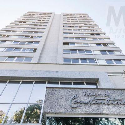 Apartamento para Venda em Porto Alegre, Rio Branco, 3 dormitórios, 3 suítes, 6 banheiros, 3 vagas