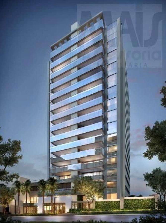 Apartamento para Venda em Porto Alegre, Moinhos de Vento, 4 dormitórios, 4 suítes, 6 banheiros, 4 vagas