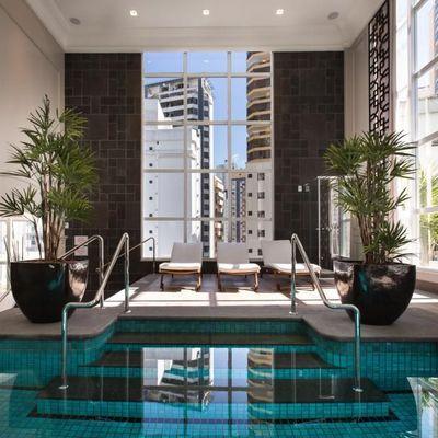 Apartamento no Acqualina Residence