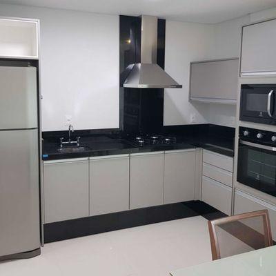 Apartamento Triplex no Residencial Altos da Brava Praia Brava