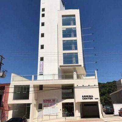 Sala Comercial na Av. do Estado - Balneário Camboriú / SC