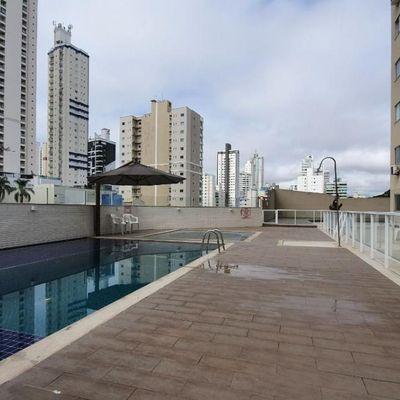 Apartamento no Bairro Pioneiros, Balneário Camboriú - Ed. Krewinkel