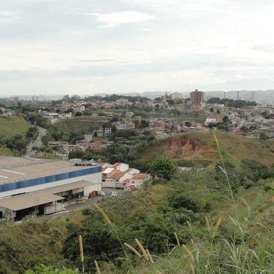 Terreno / Lote de Terra para venda - Terreno com 300 m² em declive e vista do Shopping - Jardim Provance 2, Jardim Amália, Volta Redonda, RJ