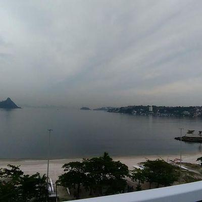 Excelente sala comercial ampla vista Baía de Guanabara 1ª locação vaga