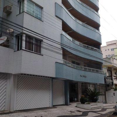 Edifício à Venda Com 06 Aptos e 02 Salas Comerciais em área nobre da cidade em Balneário Camboriú.