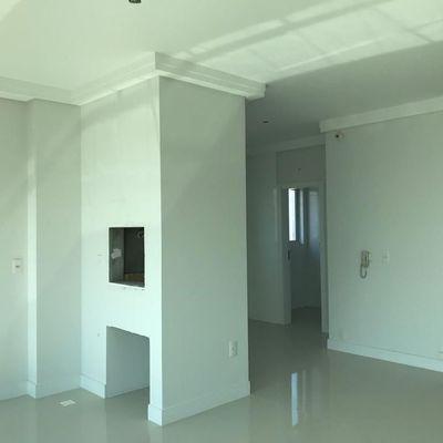Apartamento à venda em Balneário Camboriú com 3 Suítes e 2 Vagas de Garagem Prédio Com Completa área de Lazer