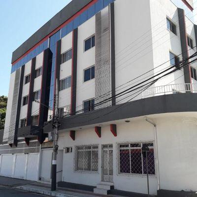 Apartamento mobiliado com 2 dortmitórios + 1 vaga de garagem no bairro das Nações em Balneário Camboriu