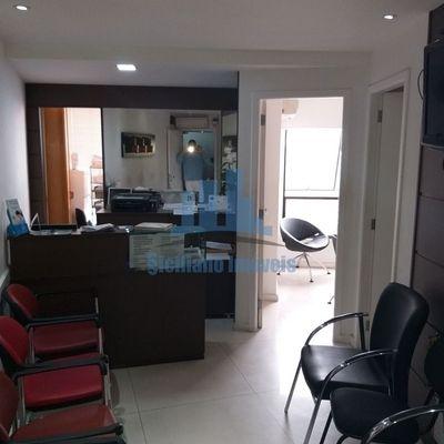 Excelente consultório médico no Niterói Shopping com vaga de garagem