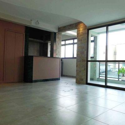 Excelente apartamento 2 quartos em Charitas