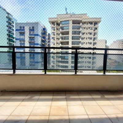 Ótimo apartamento 2 quartos com 2 varandas
