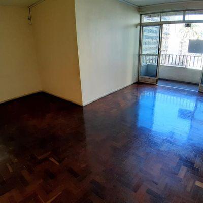 Oportunidade 3 quartos com varanda em Icaraí
